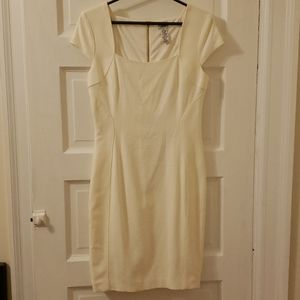 Cache ivory rehearsal night out dress size 12